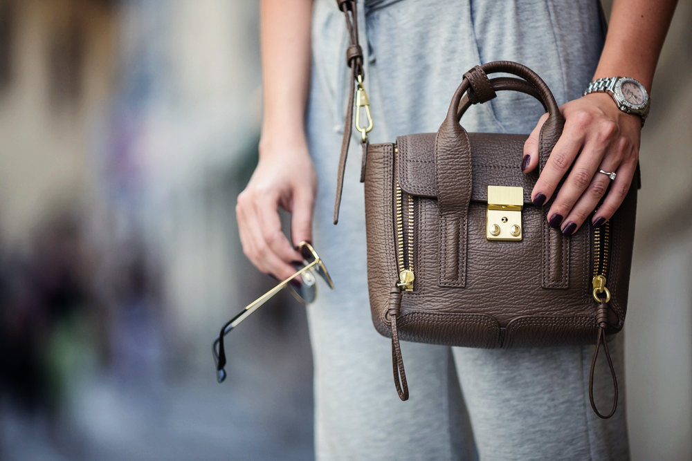 darya kamalova from thecablook com wearing asos grey jumpsuit with high sneakers and phillip lim pashli mini bag in taupe for firenze4ever in florence with luisaviaroma-36 copy