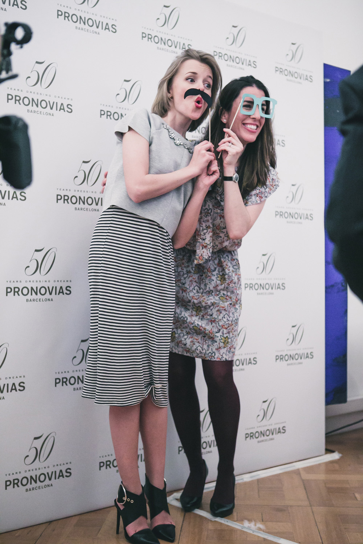darya kamalova fashion blogger from thecablook in trip in Barcelona Spain with Pronovias wearing zara striped dress bottega veneta knot clutch for press dinner-1056