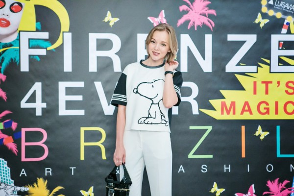 darya kamalova from thecablook in florence with luisaviaroma firenze4ever stylelab wearing fay total look snoopy-2