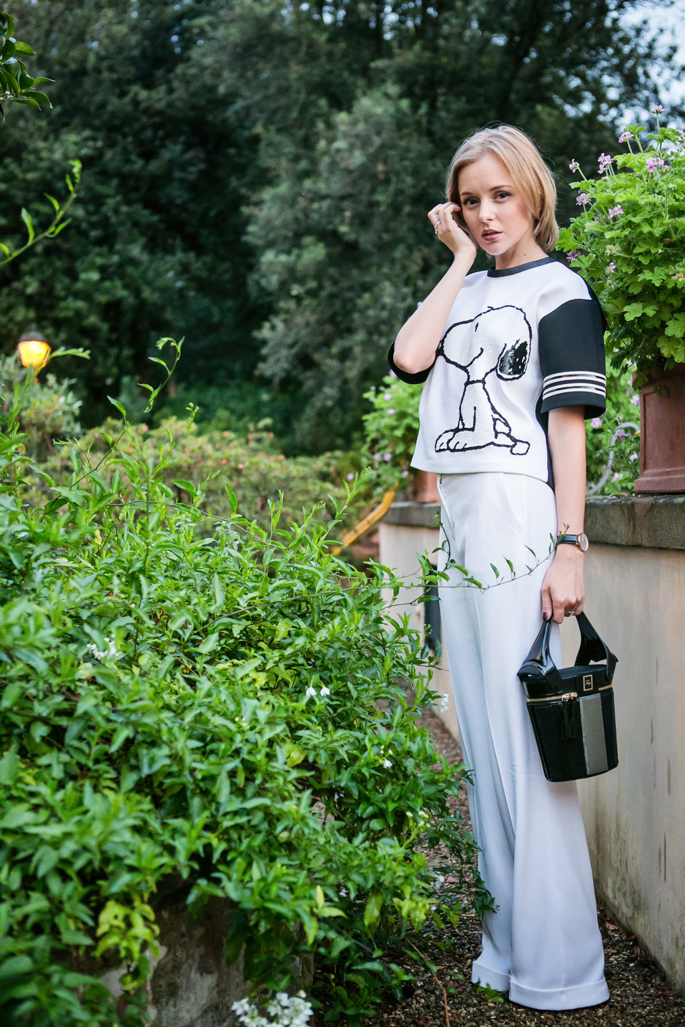 darya kamalova from thecablook in florence with luisaviaroma firenze4ever stylelab wearing fay total look snoopy-55