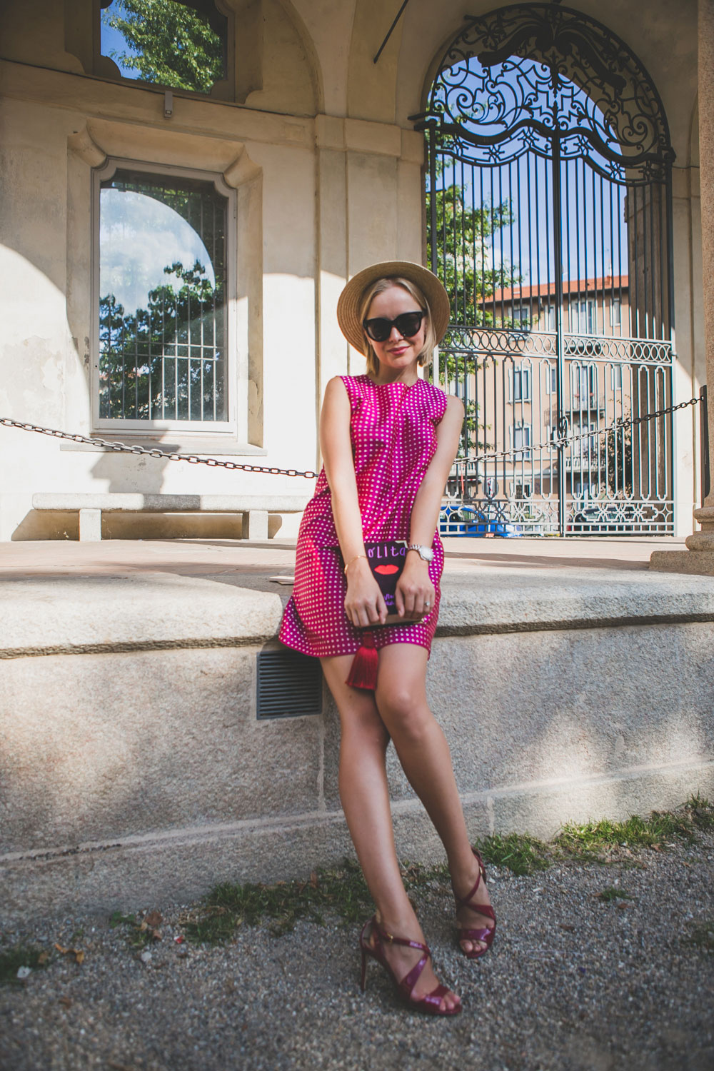 darya-kamalova-fashion-lifestyle-blogger-from-thecablook-com-on-mfw-milan-fashion-week-ss15-wearins-rafinad-dress-dolce-gabbana-shoes-catarzi-hat-celine-audrey-sunglasses-street-style-day-5-anna-dello-russo-6671