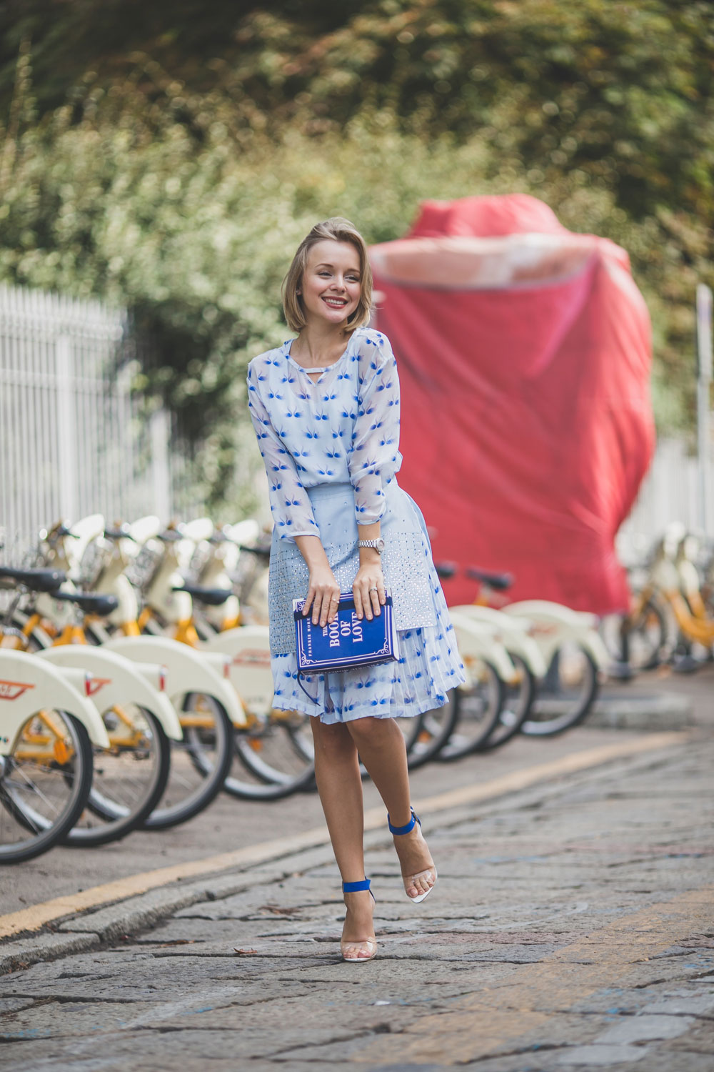 darya-kamalova-fashion-lifestyle-blogger-from-thecablook-com-on-milan-fashion-week-ss15-mfw-wears-frankie-morello-total-outfit--6040