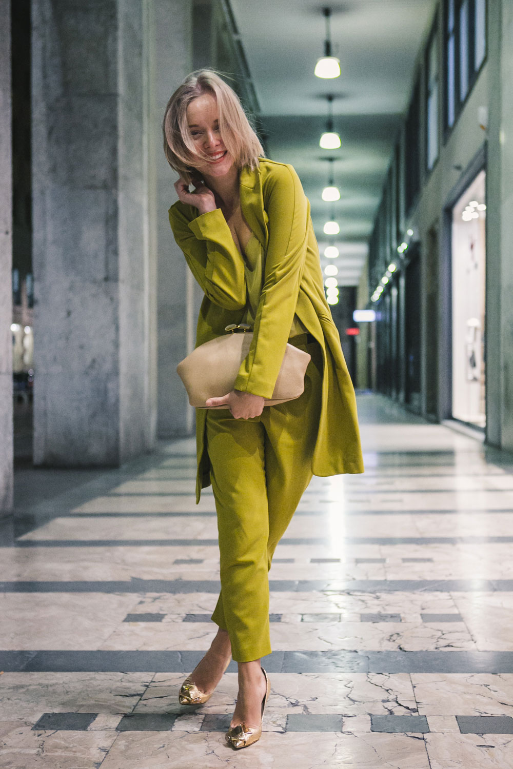 darya-kamalova-fashion-lifestyle-blogger-from-thecablook-on-san-pietro-all-orto-opening-party-in-milan-wears-asos-suit-marni-clutch-burberry-prosum-wedges-6890