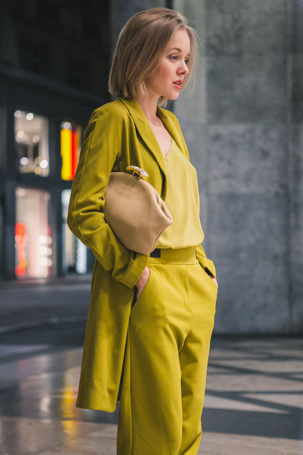 darya-kamalova-fashion-lifestyle-blogger-from-thecablook-on-san-pietro-all-orto-opening-party-in-milan-wears-asos-suit-marni-clutch-burberry-prosum-wedges-7002