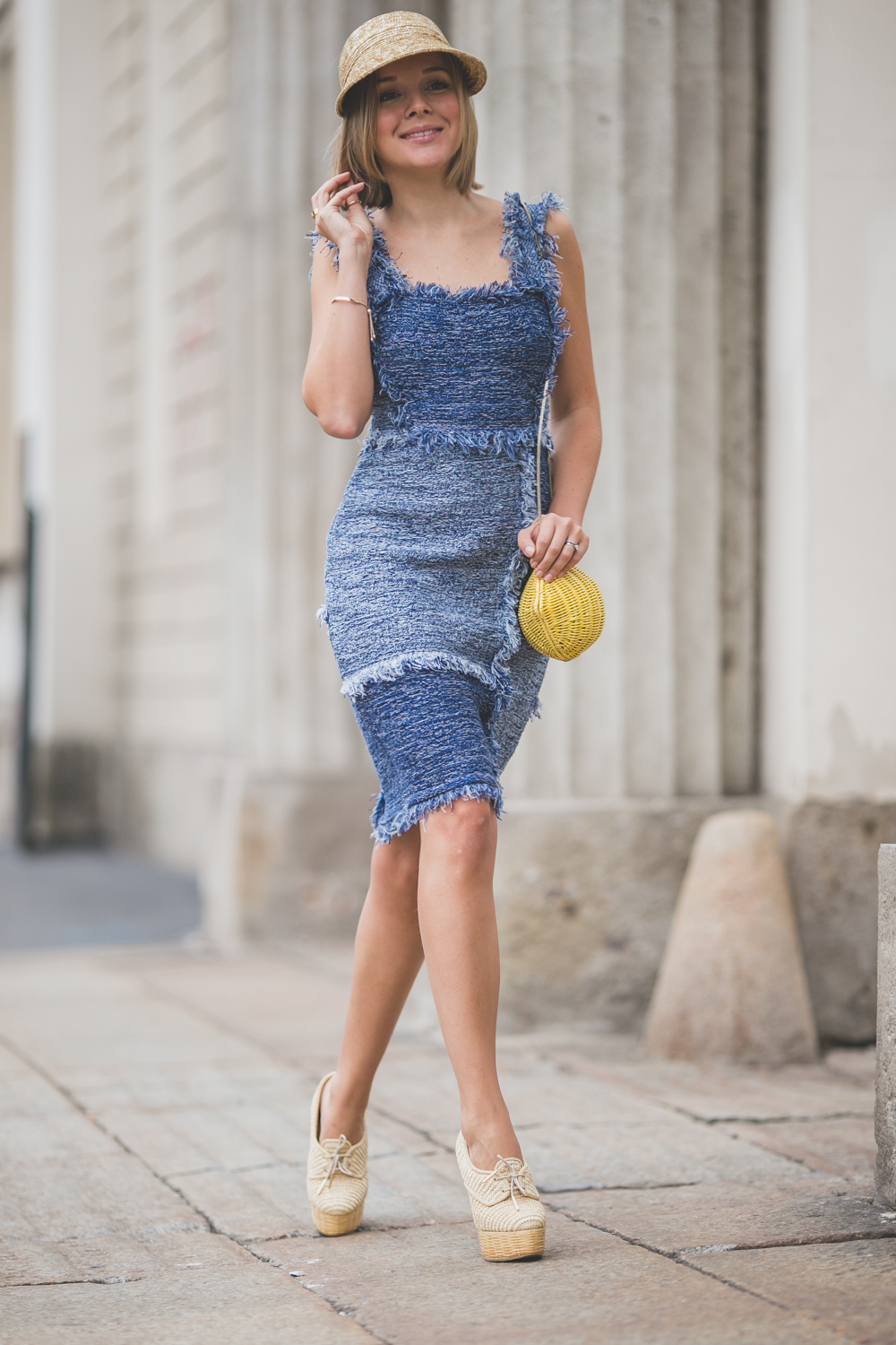 darya kamalova thecablook com russian italian fashion lifestyle blogger in milan for mfw ss15 wearing m missoni denim dress burberry prosum wedges kate spade lemon bag asos visor straw hat casadei atos lombardini presentation -4932