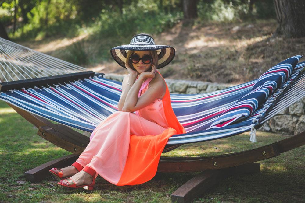 darya-kamalova-thecablook-fashion-lifestyle-blogger-from-thecablook-com-in-puglia-gargano-baia-dei-faraglioni-allegro-italia-2217