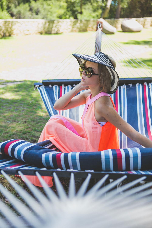 darya-kamalova-thecablook-fashion-lifestyle-blogger-from-thecablook-com-in-puglia-gargano-baia-dei-faraglioni-allegro-italia-2250
