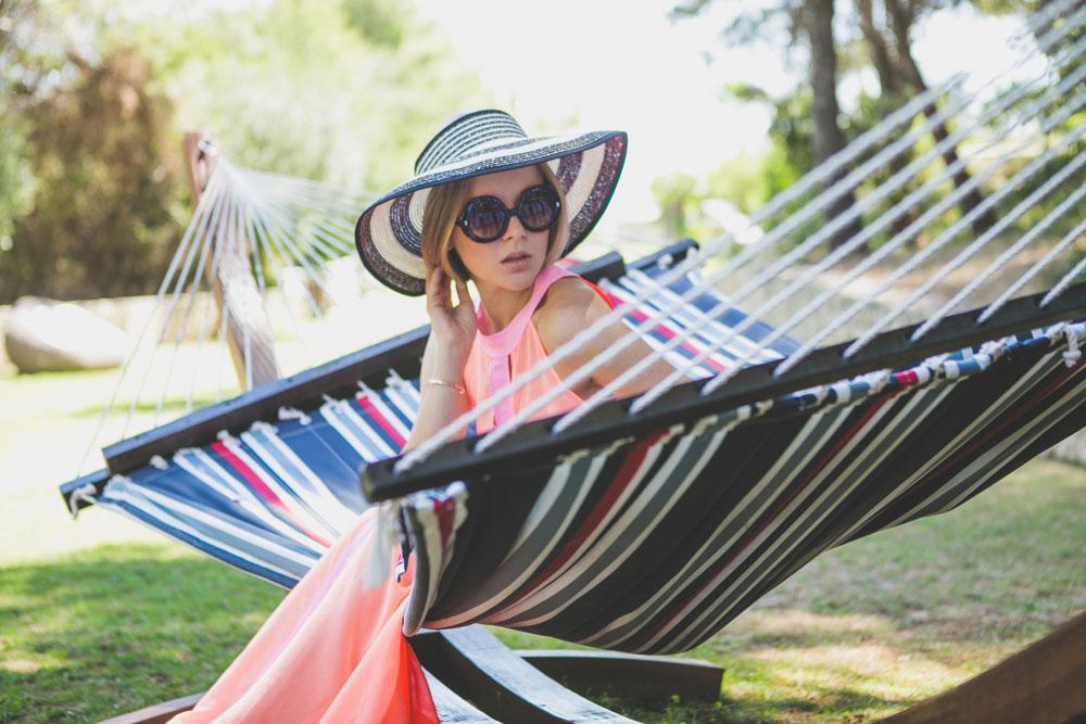 darya-kamalova-thecablook-fashion-lifestyle-blogger-from-thecablook-com-in-puglia-gargano-baia-dei-faraglioni-allegro-italia-2262