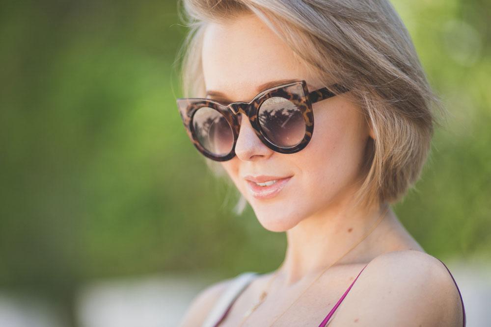 darya-kamalova-thecablook-fashion-lifestyle-blogger-from-thecablook-com-in-puglia-gargano-baia-dei-faraglioni-allegro-italia-in-sam-edelman-sandals-with-gucci-soho-disco-bag-asos-cami-top-2145