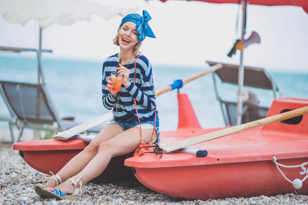 darya-kamalova-thecablook-fashion-lifestyle-blogger-from-thecablook-com-in-puglia-gargano-baia-dei-faraglioni-allegro-italia-3086