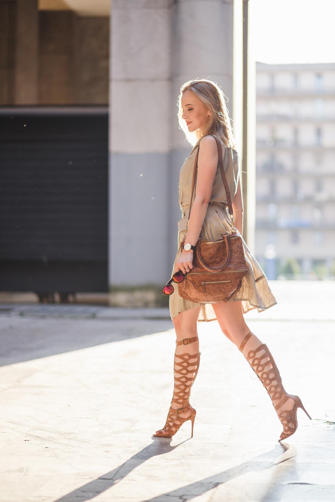 darya kamalova thecablook fashion lifestyle russian italian blogger wears stefanel dress schutz gladiators and giverchy pandora bag-22