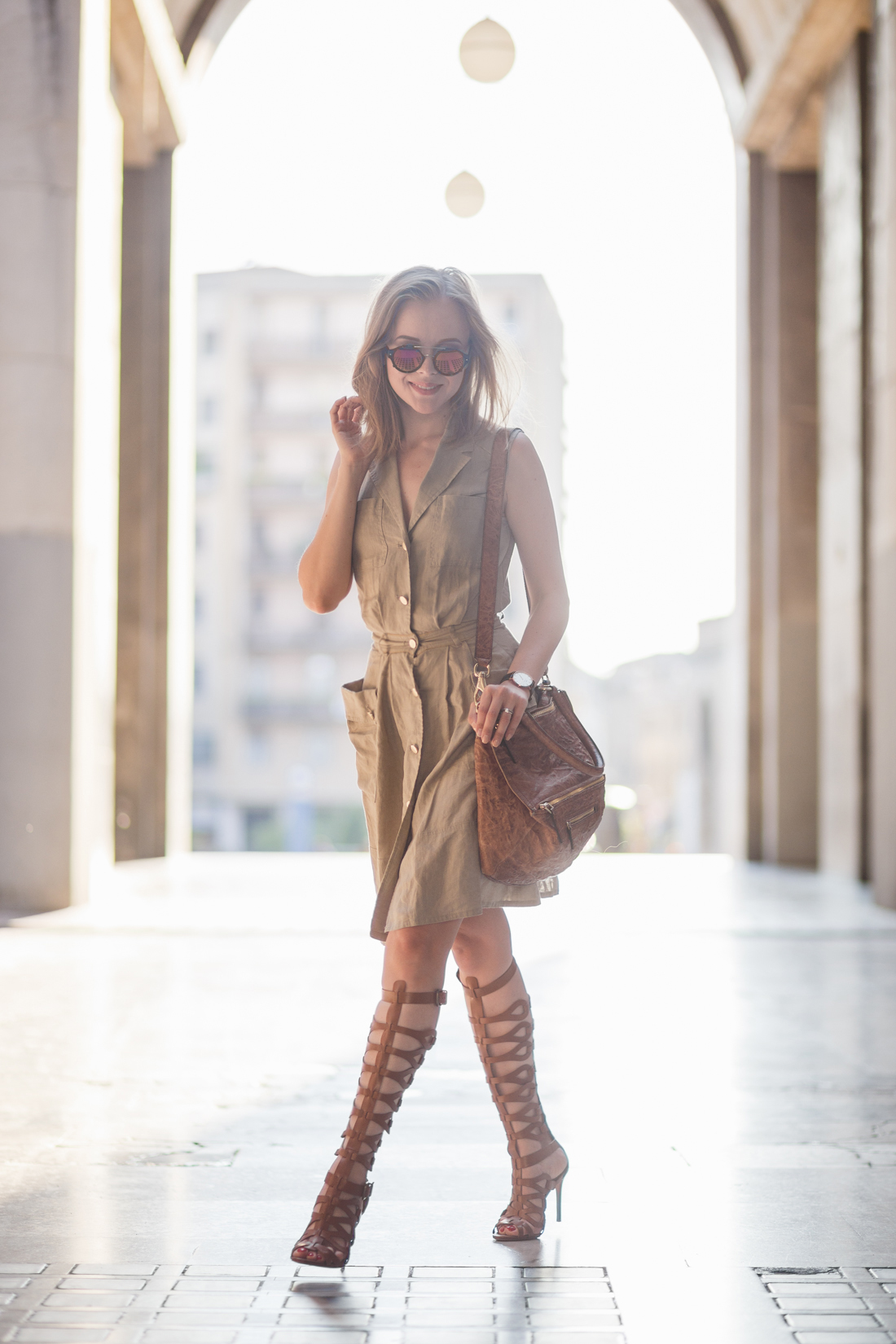 darya kamalova thecablook fashion lifestyle russian italian blogger wears stefanel dress schutz gladiators and giverchy pandora bag-4