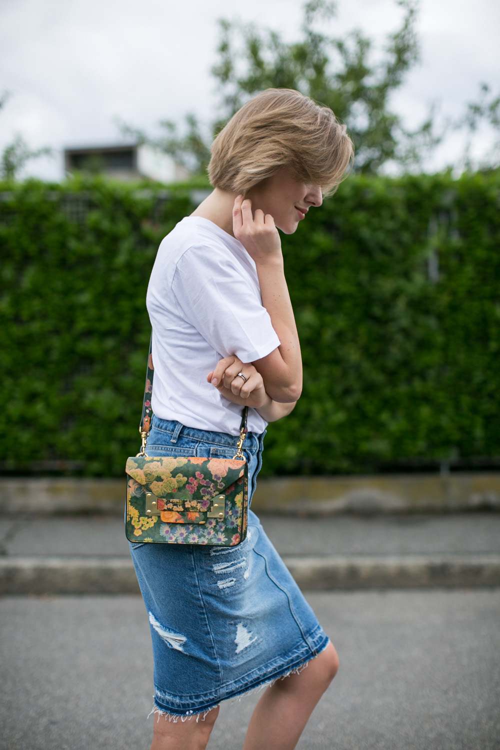darya kamalova thecablook fashion blogger streetstyle louis vuitton lv palm springs backpack with nike air max trainers italy-22