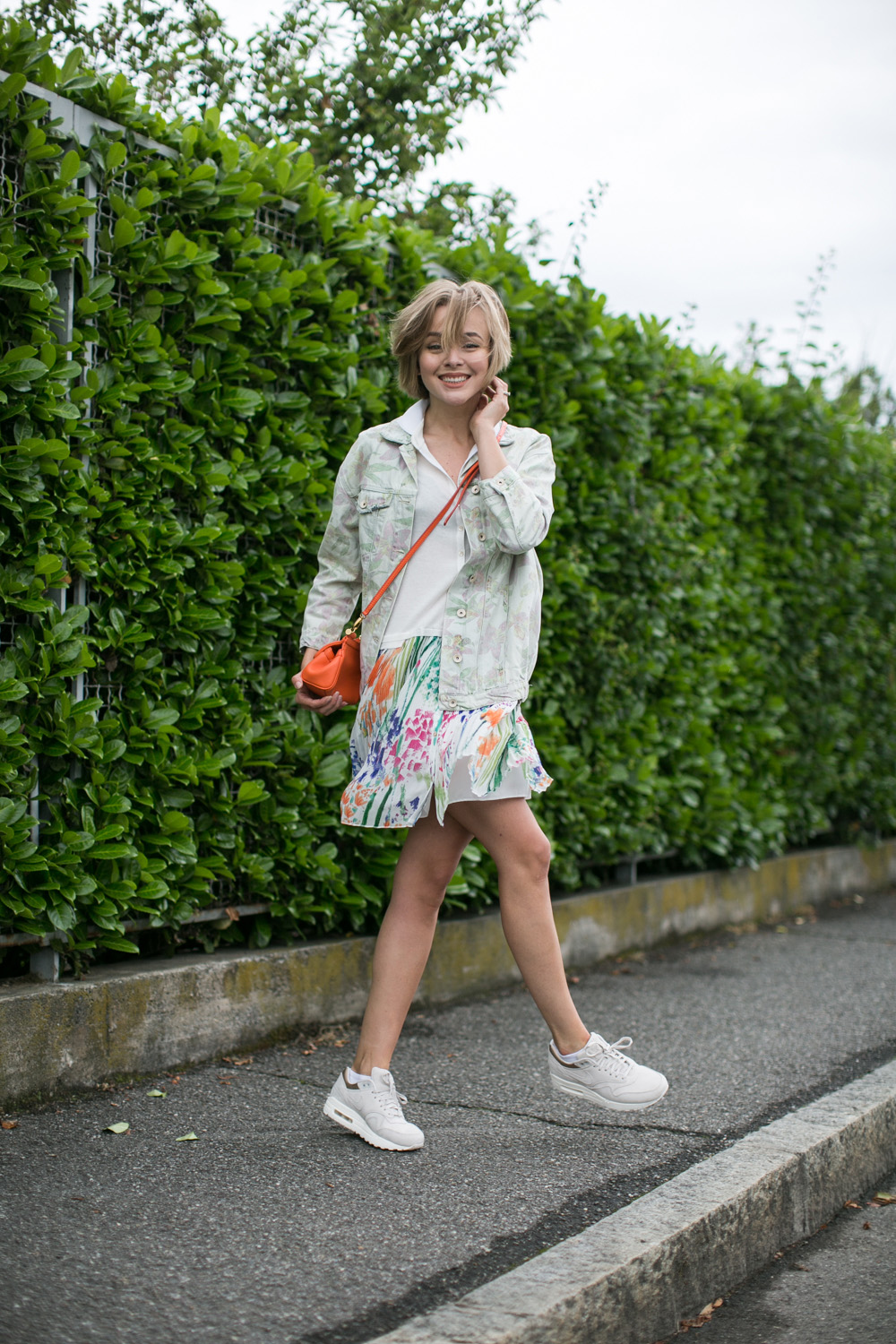 darya kamalova thecablook fashion blogger streetstyle louis vuitton lv palm springs backpack with nike air max trainers italy-44