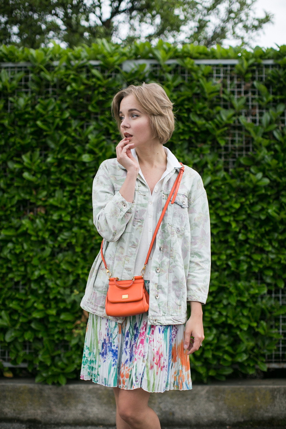 darya kamalova thecablook fashion blogger streetstyle louis vuitton lv palm springs backpack with nike air max trainers italy-47